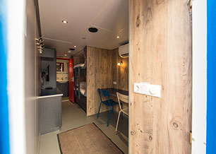 Interior design and carpentry work Accommodation units by Kooiman Ship Interiors