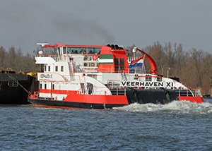 bnr 186 Veerhaven 11 Ijsbeer triple screw pusher boat for Rhine and inland service, maritime ship design and shipbuilding  Kooiman Marine Group